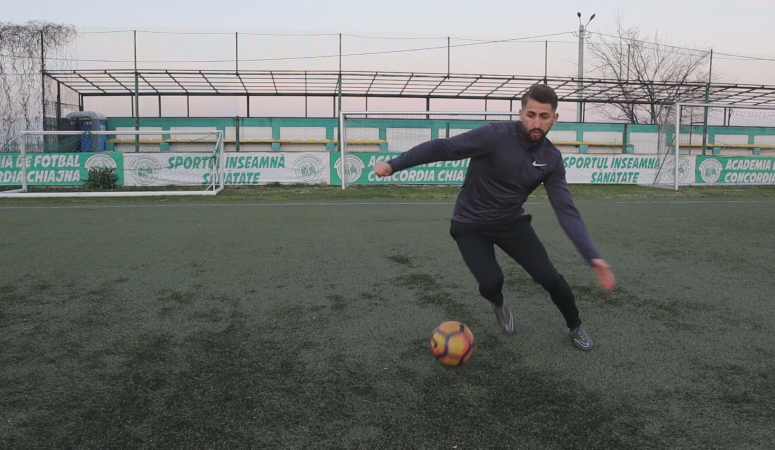 Learn 5 effective beginner match football-soccer skills